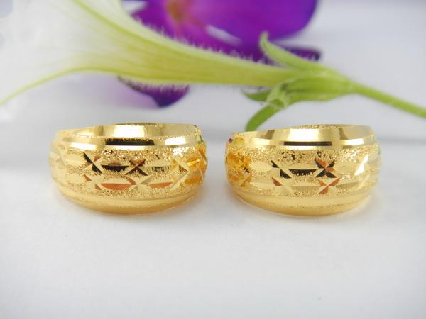 Thai 18K gold earrings