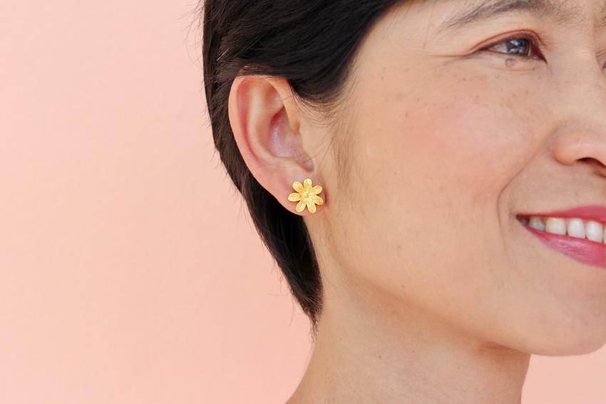 23k gold Floral Earrings