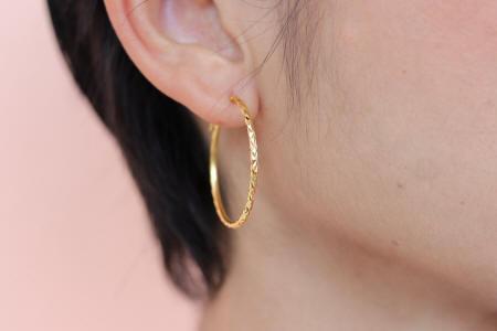 23k gold Medium hoop earrings