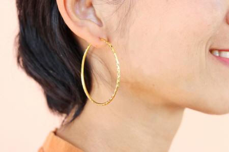Large hoop 18k gold Thai earrings