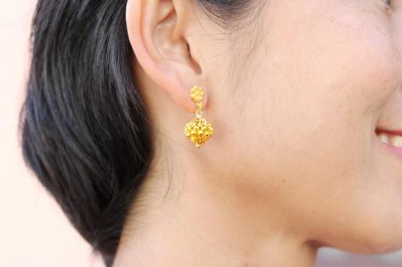 Picun 23k gold Thai earrings