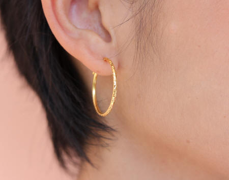18k gold small wire hoop earrings